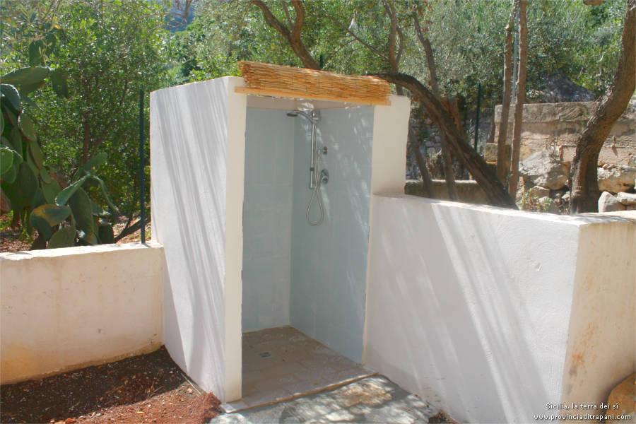 San vito lo capo affitto casa vacanze scialo - Cabina doccia esterna ...